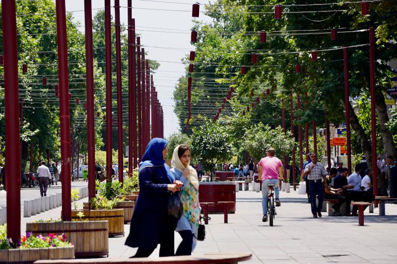 Öffentlicher und privater Raum im Iran – Engl.